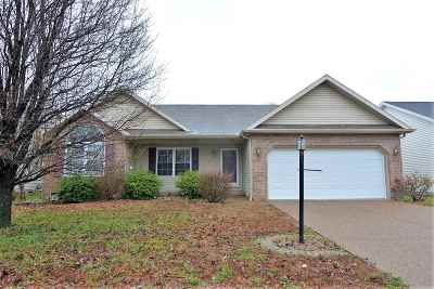 Evansville Single Family Home For Sale: 712 Woodall Drive