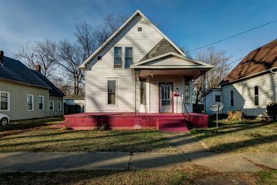 Spencer County Single Family Home For Sale: 617 Elm Street