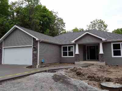 Fort Wayne Single Family Home For Sale: 3808 Huth Drive