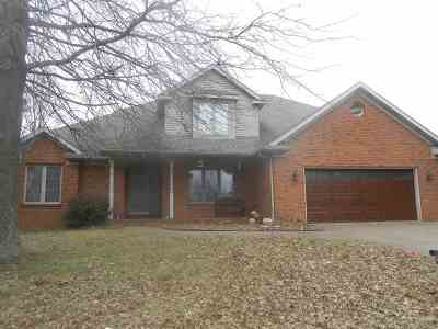 Newburgh Single Family Home For Sale: 8344 Spencer Drive