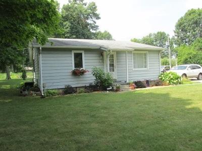 Kosciusko County Single Family Home For Sale: 12241 N Syracuse-Webster Rd.
