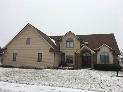 Allen County Single Family Home For Sale: 12035 Thornapple Cove
