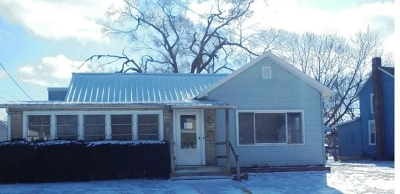 Huntington Single Family Home For Auction: 1851 Kocher Street