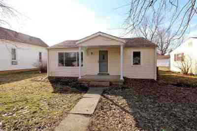 Sweetser Single Family Home Cont-Accptngbackupoffers: 305 N Craven Street