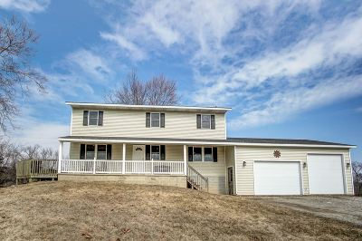 Steuben County Single Family Home For Sale: 3860 W 50N