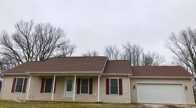 Spencer County Single Family Home For Sale: 832 W South Street