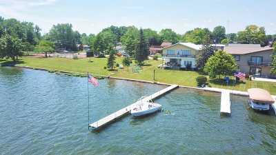 Kosciusko County Single Family Home For Sale: 12116 N Hiawatha Drive