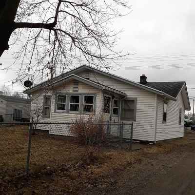 Mishawaka Single Family Home For Sale: 2101 E 4th Street
