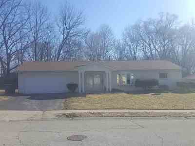 South Bend Single Family Home For Sale: 1948 Trent Way