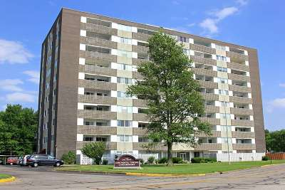 Evansville Condo/Townhouse For Sale: 1100 Erie Avenue #1008