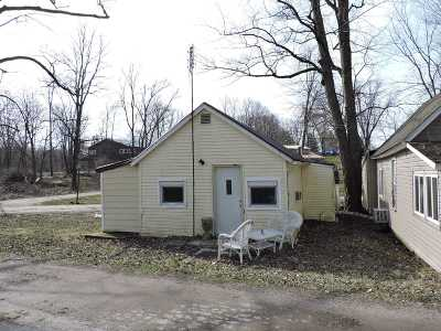 North Webster Single Family Home For Sale: 41 Ems W16 Lane