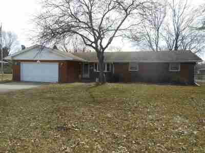 South Bend Single Family Home For Sale: 17420 Cleveland Road