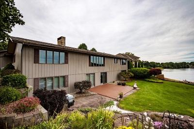 Elkhart Single Family Home For Sale: 29511 Locust Drive