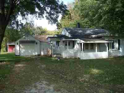 Mishawaka Single Family Home For Sale: 56359 Ellen Avenue