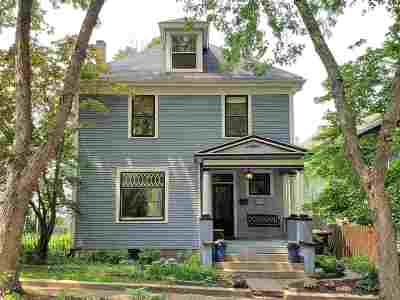 Fort Wayne Single Family Home For Sale: 812 College Street