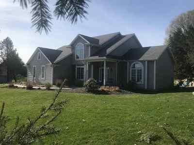 St. Joseph County Single Family Home For Sale: 32946 Barn Owl Court