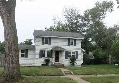 South Bend Single Family Home For Sale: 735 S 23rd Street