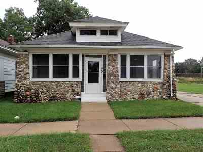 South Bend Single Family Home For Sale: 206 S Meade Street