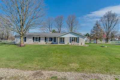St. Joseph County Single Family Home For Sale: 19265 Orchard Heights Drive