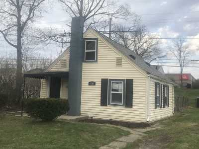 Allen County Single Family Home For Sale: 5305 S Harrison Street