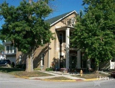 Whitley County Single Family Home For Sale: 201 N State St