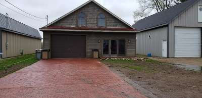 Syracuse Single Family Home For Sale: 407 E Medusa Street