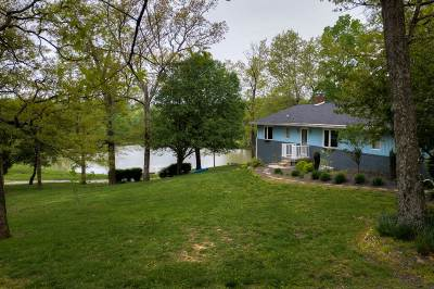 Dubois County Single Family Home For Sale: 10671 S 50 W