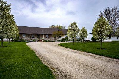 Kosciusko County Single Family Home For Sale: 9782 W 1200N