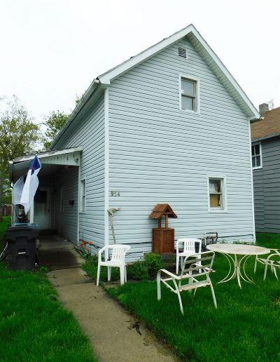 Huntington Single Family Home For Sale: 954 Iowa Street
