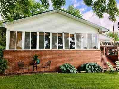 Lagrange Single Family Home For Sale: 2135 S 445 E