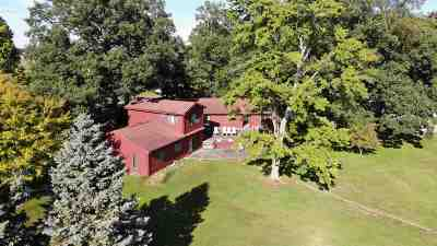 Kosciusko County Single Family Home For Sale: 701 S Lakeside Dr
