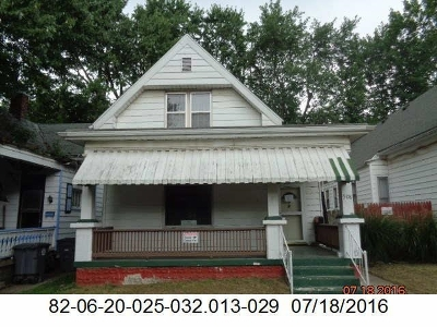 Evansville Single Family Home For Sale: 508 E Michigan Street