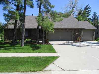 Fort Wayne Single Family Home For Sale: 5811 Oak Pointe Drive