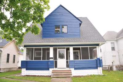 Plymouth IN Single Family Home For Sale: $139,000