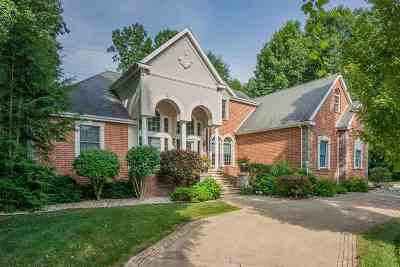 South Bend Single Family Home For Sale: 60861 Whispering Hills Drive