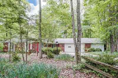Allen County Single Family Home For Sale: 17701 Greta Drive