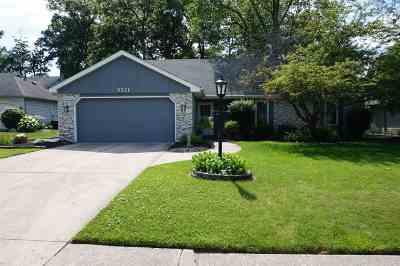Allen County Single Family Home For Sale: 9921 Castle Ridge Place