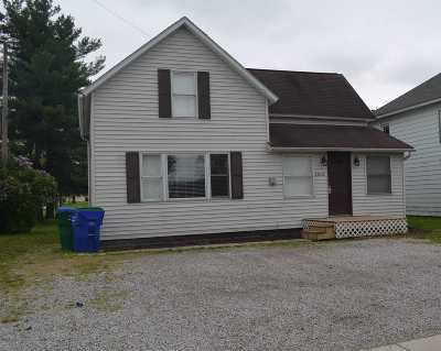 Woodburn Single Family Home For Auction: 22632 Main St Street