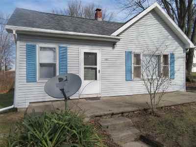 Pierceton Single Family Home For Sale: 303 E Columbia Street