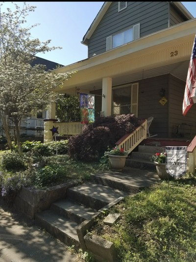 Newburgh Single Family Home For Sale: 23 W Main St Street