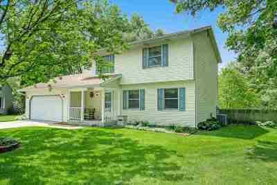 Mishawaka Single Family Home For Sale: 2933 Norfolk Court