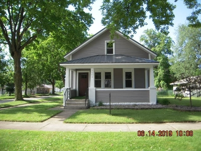 Elkhart Single Family Home For Sale: 1201 Maple Row