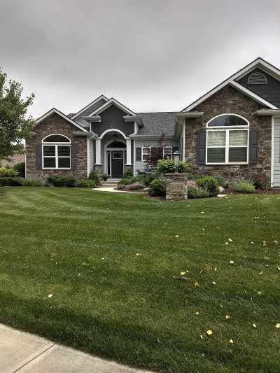 Fort Wayne Single Family Home For Sale: 2123 Lake Front Drive
