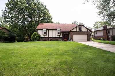 Lafayette Single Family Home For Sale: 207 Vermont Drive