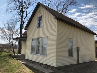 Kosciusko County Single Family Home For Sale: 9315 S 825 W Road