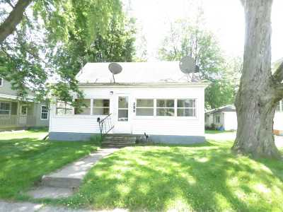 Kendallville Single Family Home For Sale: 208 E Iddings Street