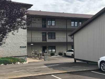 Evansville Condo/Townhouse For Sale: 712 Senate Avenue