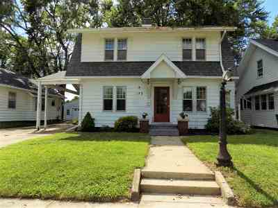 Elkhart Single Family Home For Sale: 123 Gage Avenue