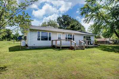 LaGrange County Single Family Home For Sale: 2160 E 525 S