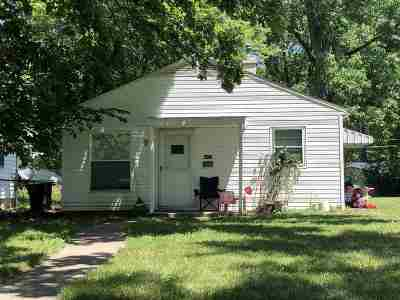 Fort Wayne Single Family Home For Sale: 4421 Oliver Street